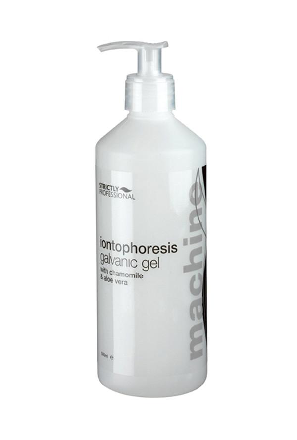 Kombinace protizánětlivého extraktu z heřmánku (bisabolol) a šťávy z listů aloe vera dodává pokožce silný protizánětlivý efekt a zároveň pokožku hydratuje a vyživuje.